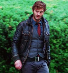 jamie-dornan:   Sheriff Graham - Once Upon a Time  X