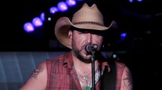EXCLUSIVE: Watch Jason Aldean Perform New Country Song 'This Plane Don't Go There'