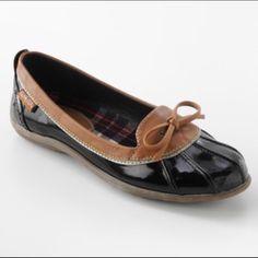 Aqua Stop Women Rain Shoes 8 Women's 8 M Rain Shoes by Aqua Stop.                NWOT! Never Worn Black & Tan.                           ❌ No Trades ❗️PM Only Aqua Stop Shoes Winter & Rain Boots