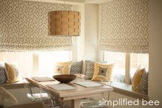 designer_kitchen_nook_simplified_bee