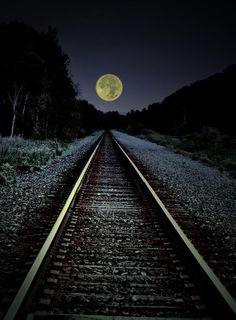 Moon Rails, New York State  photo via mynhardt