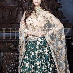 Sonam Kapoor in a gorgeous @shyamalbhumika lehenga #sonamkapoor #southasianfashion #lehengacouture #weddingdress #indiancouture #indianoutfits #latesttrend #ethereal #dupatta #embroidery #receptionlooks #weddings #summerweddings #deepcolors #indianweddings #sangeetoutfits #indianfashion #shyamalandbhumika #mumbaistore #craft #fashion #couture #celeb #bollywood #celebrity #closeups #Clothed #fairytalestyles #superstarceleb