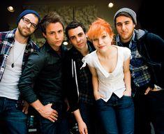 NME - 17E7 - Paramore Photos