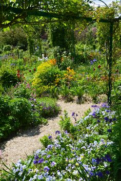 "Giverny ""jardin de fleurs"""