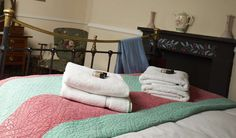 Powis Arms guest room. #bedandbreakfast #lifestyleimage #pubroom #advertisingphotography #bed