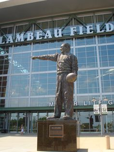 Lambeau Field, Green Bay Wisconsin - One place I want more than anything to visit & see a game with my husband.