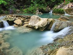 One of the may pools streaming to Daranak Falls.  A weekend getaway that you can easily go to when you are in Manila. Try to add this trip when you travel to the Philippines with www.empireonetravel.com  #empireonetravel #itsmorefuninthephilippines #no1filipinotravelagencytoronto #travelph  #tanayrizal #daranakfalls #batlagfalls #gorizalph