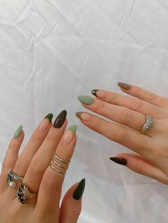 Edgy Nails, Funky Nails, Stylish Nails, Swag Nails, Funky Nail Art, Grunge Nails, Simple Acrylic Nails, Best Acrylic Nails, Acrylic Nails Green