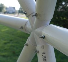 For our dome, we used 15 base hubs (these have 4 'arms' on them), 6 5-star hubs, and 55 6-star hubs.