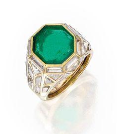 18 Karat Gold, Emerald and Diamond 'Tour Eiffel' Ring, Marina B, 1980