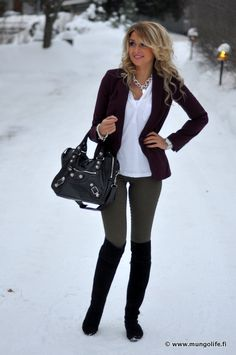 Gray leggings, check. Black boots, check. White/cream sheer blouse, check. Purple blazer, check.