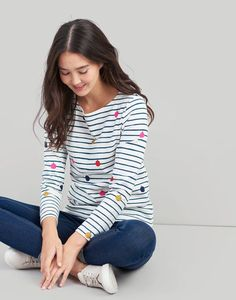 Joules Harbour Printed Womens Jersey Top- Cream Pear Shape Fashion, Joules Clothing, The White Company, Fashion 2018, Pear Shaped, Stitch Fix, Preppy, Outfit Ideas, Chanel
