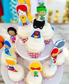 super hero party cupcakes dessert / ann kelle