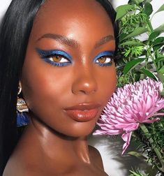 Gorgeous looks, blue is great around the eye