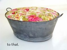Bucket Ottoman- Neat idea for an old or new bucket! Recycling and making stuff pretty :) Diy Ottoman, Upholstered Ottoman, Homemade Ottoman, Recycled Furniture, Diy Furniture, Recycled Decor, Homemade Furniture, Repurposed Items, Furniture Projects