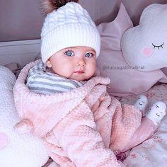 baby boy names 2018 Cute Little Baby, Baby Kind, Little Babies, Baby Love, Cute Babies, Baby Baby, Baby Girls, Child Baby, Baby Newborn