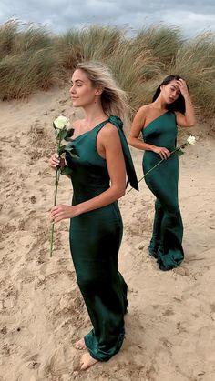 Emerald Green Bridesmaid Dresses, Green Wedding Dresses, Emerald Green Weddings, One Shoulder Bridesmaid Dresses, Emerald Dresses, Satin Bridesmaid Dresses, Bridesmaid Outfit, Wedding Bridesmaids, Destination Bridesmaid Dresses