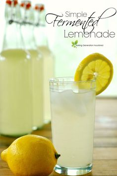 Simple Fermented Lemonade You can ferment lemonade a couple different ways. I find using just simple whey to be the easiest for me to handle right now. With 3 very young children, I tend to forget about water kefir grains too easily and then end up having Fermentation Recipes, Fermenting Jars, Probiotic Drinks, Summertime Drinks, Milk Shakes, Fermented Foods, Fermented Fruit Recipe, Fermented Tea, Ginger Ale