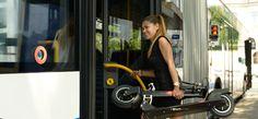Kompaktes Trottinett in Kombination mit öffentlichen Verkehrsmitteln: www.trotti.ch
