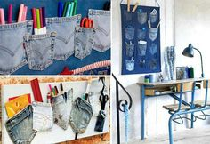 Turn old jeans into wall hanging craft! I want to do this for my craft room Jean Crafts, Denim Crafts, Wand Organizer, Pocket Organizer, Wall Hanging Crafts, Pant Hangers, Diy Upcycling, Upcycle, Recycling Ideas