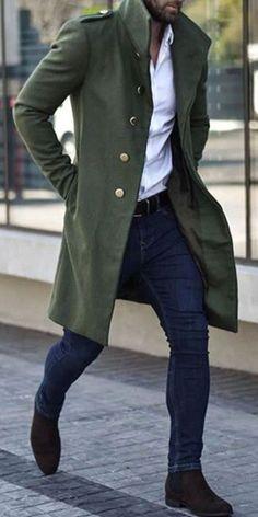 Männer Trenchcoat grüne Wolle Wintermantel Neue Ankunft | Etsy Winter Outfits Men, Stylish Mens Outfits, Men Winter Fashion, Most Stylish Men, Men's Fall Fashion, Blazer Outfits Men, Stylish Man, Outfit Winter, Fashion Black