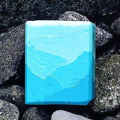 Arctic Iceberg Savon Soap, Bath Melts, Soap Bubbles, Cold Process Soap, Home Made Soap, Handmade Soaps, Bar Soap, Soap Making, Making Ideas