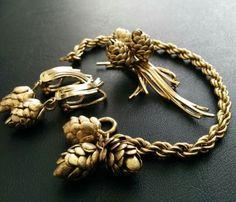 Vintage-Signed-12K-GOLD-FILLED-High-Quality-Autumn-Pine-Cone-Bracelet-SET-131