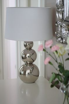 Pentik, Rondo table lamp