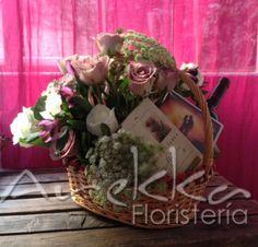 Flores + Vino + Libros + DVD