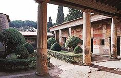 http://www.romanhomes.com/your_roman_vacation/quarters/pompeii-herculaneum.htm  Information on Roman houses.