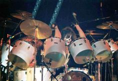 Peter Criss Drum Set | Thread: 1976 Pearl Peter Criss custom12pc. vintage fiberglass drum set
