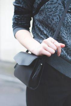 Black Howe Bag