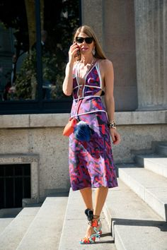 Pin for Later: Das sind die 21 am besten gekleideten Frauen der Fashion Week Anna Dello Russo Wer sie ist: Chefredakteurin von Vogue Japan. Was ihren Stil ausmacht: Exzentrisch. Mehr gibt es da wohl nicht zu sagen.