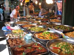Many Asian cities pride themselves on their exotic street food. Seen here, Bangkok has a wide variety of street food offerings in its markets. Thai Street Food, World Street Food, Mumbai Street Food, India Street, Thai Recipes, Indian Food Recipes, Asian Recipes, Indian Foods, Savory Snacks
