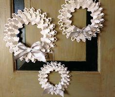Christmas wreath in white - Ghirlanda natalizia di carta bianca