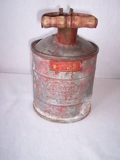 Vintage Miller Peerless Safety Device Metal Kerosense Gas Oil Can USA Wood Handle