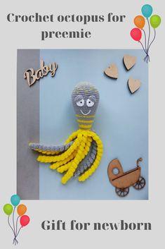 Nursery rattle toy/Montessori baby toys/Pram toys by RattlesAndToys Newborn Toys, Baby Newborn, Newborn Gifts, Preemie Babies, Premature Baby, Crochet Toys, Crochet Baby, Preemie Octopus, Organic Baby Toys