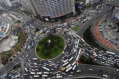 Based on the most recent quarterly traffic report, Beijing has officially surpassed Shanghai as the most congested city in China. Shanghai, Rush Hour, Airplane View, City Photo, England, Around The Worlds, Humor, Park, Pictures