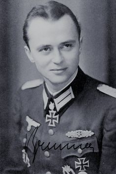 Hauptmann Eduard Brunner (1918-2006), Kommandeur I./Grenadier Regiment 62, Ritterkreuz 27.02.1944, Eichenlaub (638) 28.10.1944