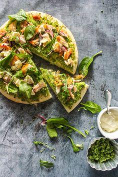 Green no-cheese pizza with broccoli pesto, chicken and sour cream