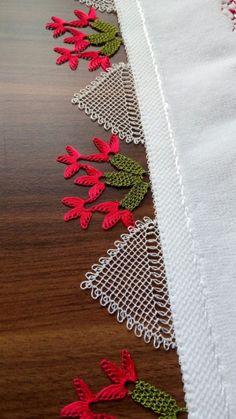 Görümce Çatlatan 36 Different Red Crochet Needlework Models - Oya Crochet Home, Love Crochet, Crochet Motif, Crochet Designs, Crochet Doilies, Baby Knitting Patterns, Mysterious Tattoo, Crochet Hammock, Sunflower Tattoo Design