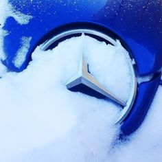 Frozen Star 10 - Snowy Mercedes Benz SLK Logo - Badge - Emblem