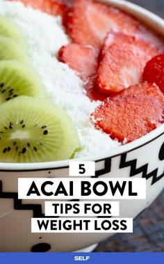 It's easy to get carried away when making a homemade acai bowl, but these tips are here to save the day (and save your waistline!)