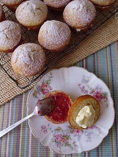Mini Victoria sponge muffins