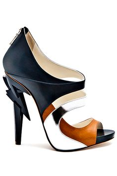 Vs2R Cut-Out Ankle Boots Spring Summer 2013 #Shoes #Heels