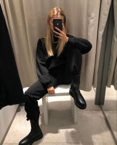 clothes i love Fall Fashion Outfits, Mode Outfits, Look Fashion, Winter Fashion, Casual Outfits, Fashion Tips, Fashion Trends, Travel Outfits, Fashion Hacks