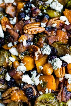 Sweet and spicy maple roasted butternut squash with brussels sprouts and savory, crispy bacon. This filling, veggie-packed dish is perfect for a side dish or a main meal! Healthy Side Dishes, Healthy Sides, Healthy Choices, Bacon Recipes, Healthy Recipes, Healthy Meals, Delicious Recipes, Macro Meals, Roasted Butternut Squash
