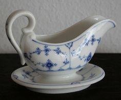 Royal Copenhagen Blue Fluted Plain Gravy Boat Sauciere 1889-1922 Perfect | eBay  Item #200