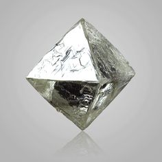 Diamond octahedral crystal