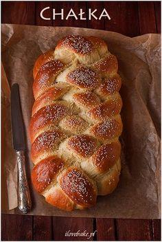chałka-3 Polish Desserts, Polish Recipes, Healthy Bread Recipes, Cake Recipes, Nutella, Bread Dough Recipe, Good Food, Yummy Food, Bread Bun